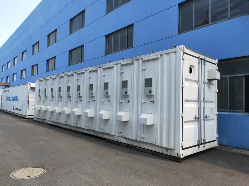 2Different-cooling-solutions-for-BESS